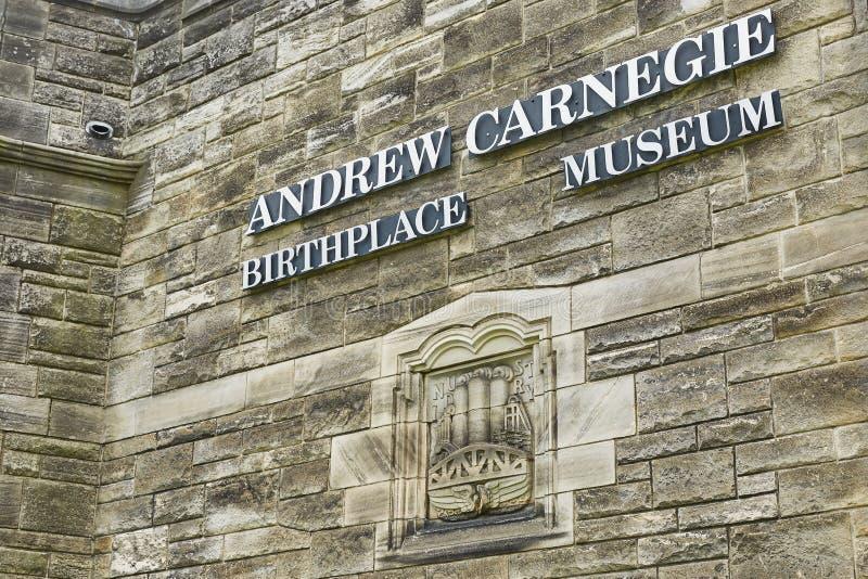 Sinal do museu de Andrew Carnegie em Dunfermline, Escócia imagem de stock royalty free