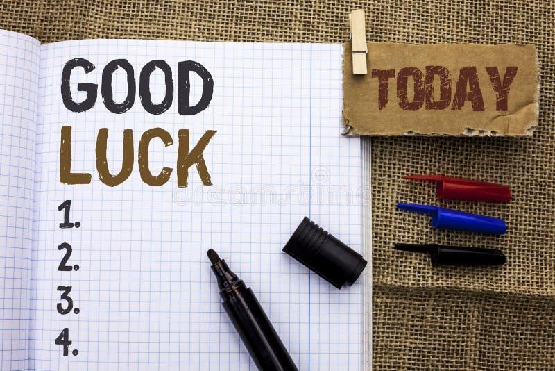 Sinal do texto que mostra a boa sorte Feliz conceptual dos sentimentos do sucesso de Lucky Greeting Wish Fortune Chance da foto e imagens de stock