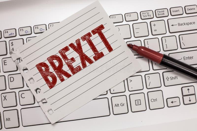 Sinal do texto que mostra Brexit Partida potencial do termo conceptual da foto de Reino Unido da União Europeia fotos de stock