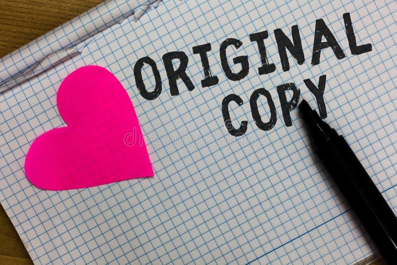 Sinal do texto que mostra a cópia original Caderno esquadrado lista principal patenteado marcado Unprinted do roteiro principal c imagem de stock