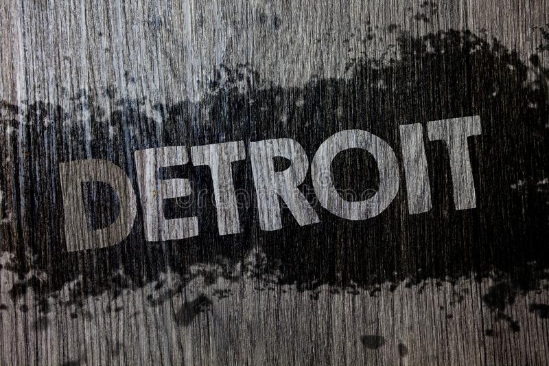 Sinal do texto que mostra Detroit Cidade conceptual da foto na capital do Estados Unidos da América do fundo de madeira de madeir imagens de stock