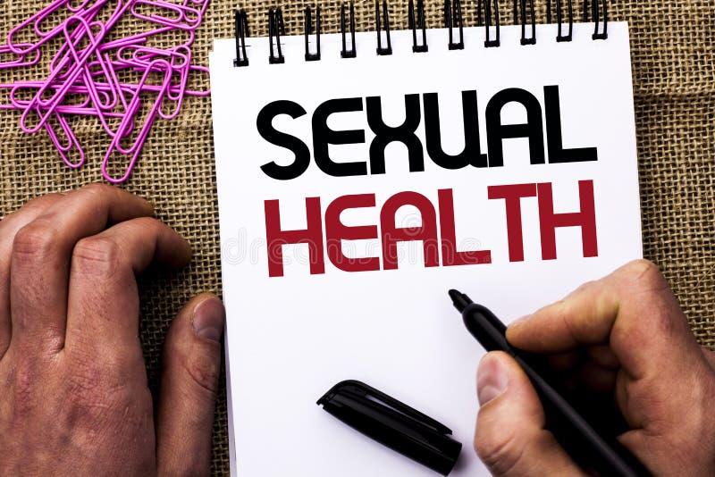 Sinal do texto que mostra a saúde sexual Cuidado saudável do sexo dos hábitos da proteção conceptual do uso da prevenção da foto  fotos de stock royalty free