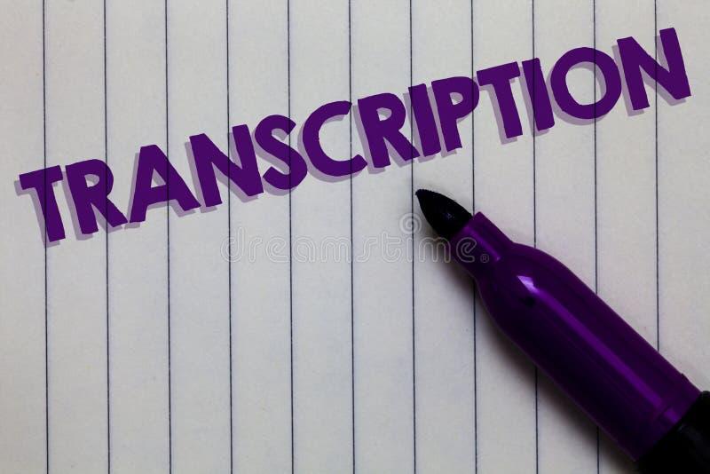 Sinal do texto que mostra a transcrição O processo escrito ou impresso da foto conceptual de transcrição exprime a pena de marcad fotografia de stock royalty free