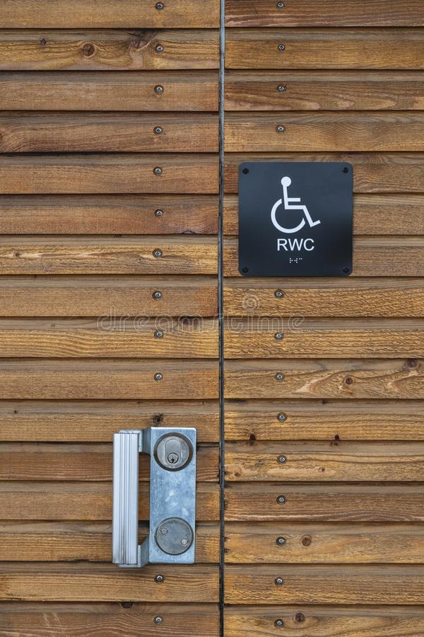 sinal do toalete da desvantagem imagens de stock royalty free