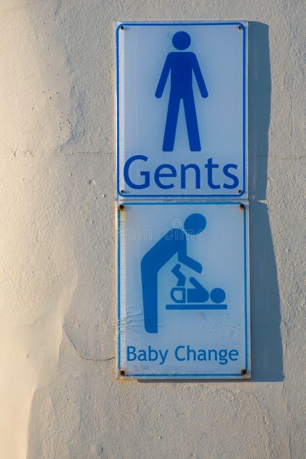 Sinal do toalete dos senhores e facilidade em mudança do bebê foto de stock royalty free