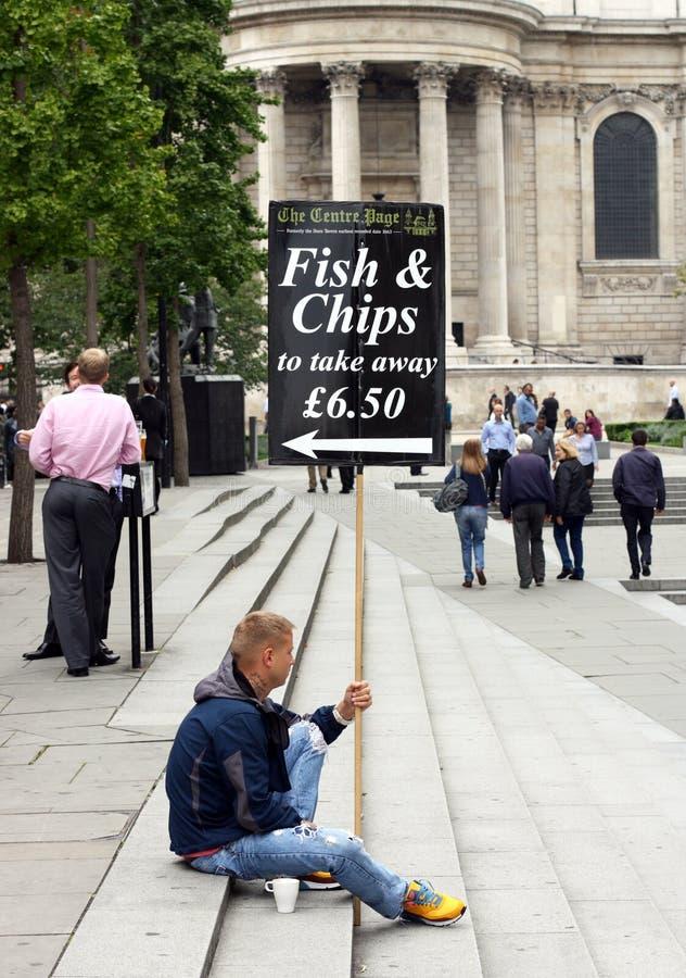 Sinal dos peixes e das microplaquetas foto de stock royalty free
