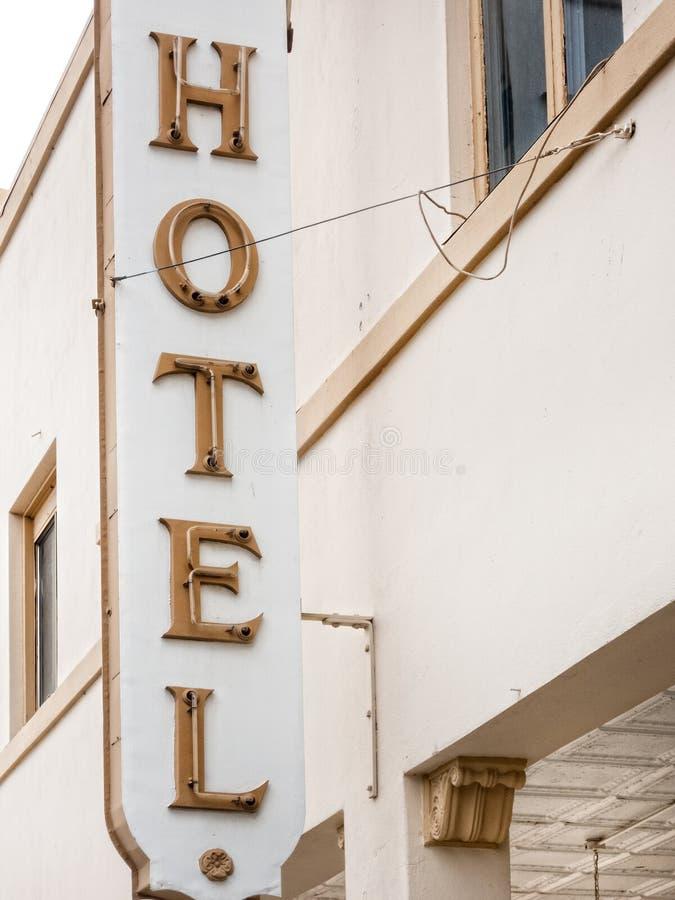 Sinal histórico do hotel fotos de stock royalty free