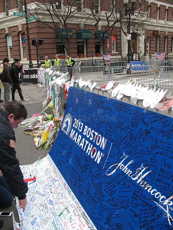 Sinal 2013 memorável da maratona de Boston Hereford Boylston foto de stock