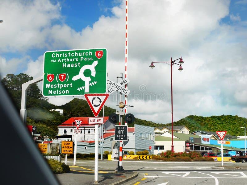 Sinal Nova Zelândia da estrada fotografia de stock royalty free