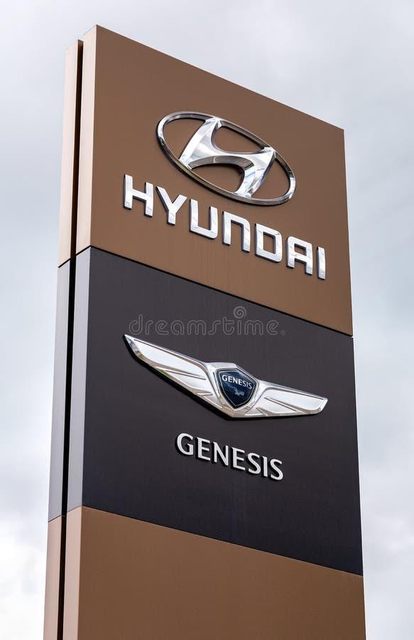 Sinal oficial do negócio de Hyundai Genesis fotos de stock