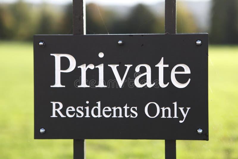 Sinal privado dos residentes somente fotografia de stock