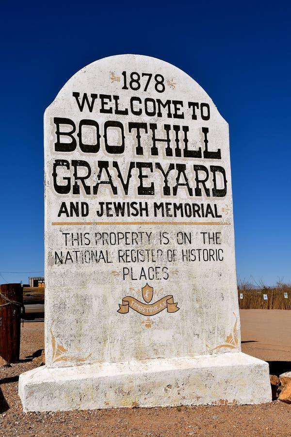 Sinal que dá boas-vindas a visitantes ao cemitério de Boothill foto de stock