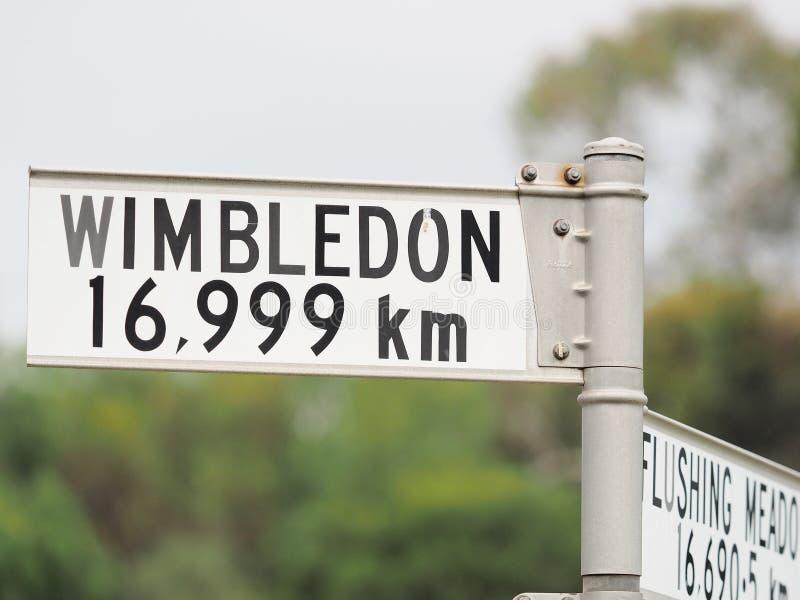 Sinal que indica a distância do sinal a Wimbledon imagens de stock