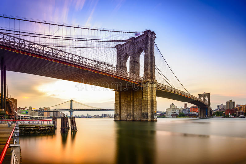 Sinal, tijolos, perto da ponte de Brooklyn imagem de stock royalty free