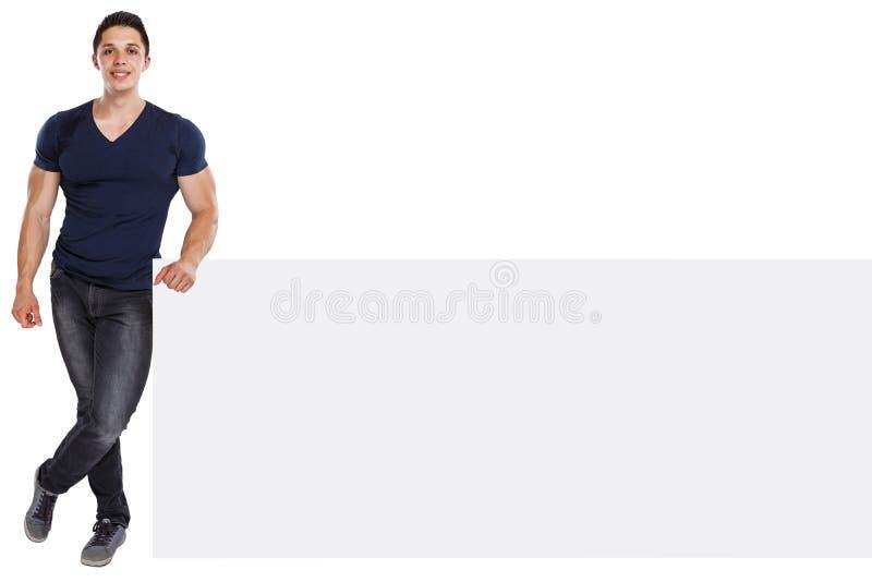 Sinal vazio vazio de mercado do halterofilista do anúncio do anúncio do copyspace muscular do homem novo isolado no branco fotografia de stock