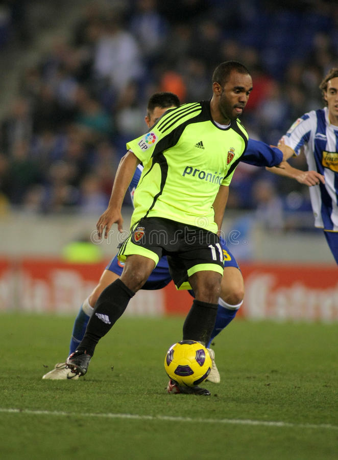Download Sinama Pongolle Of Zaragoza Editorial Image - Image of playing, midfielder: 17791645