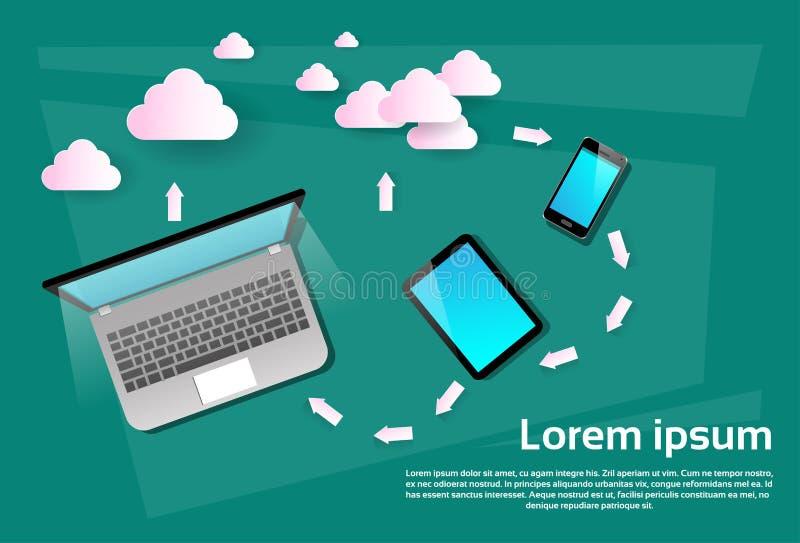 Sincronização esperta dos dados do base de dados da nuvem do telefone da pilha da tabuleta do laptop ilustração stock