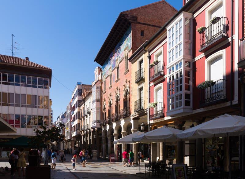 Sindaco di Calle - via principale di Palencia immagini stock