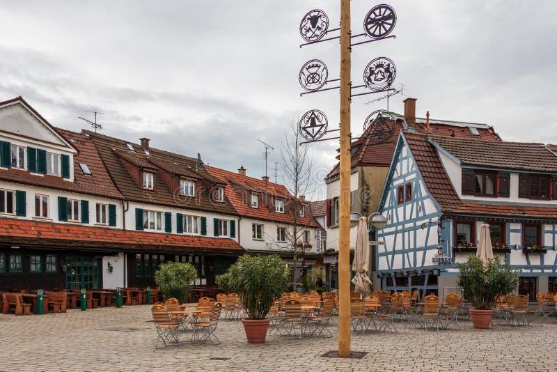Sindelfingen, Baden Wurttemberg /Germany - 11 Mei, 2019: Straatscenario van Centraal Districtsvierkant, Wettbachplatz met traditi royalty-vrije stock afbeeldingen