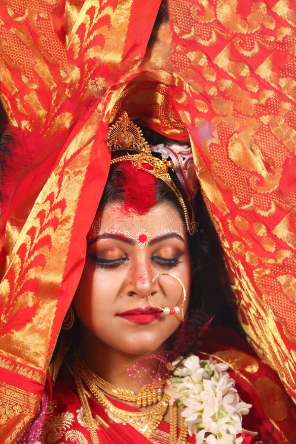 Sindoordaan in Bengaals huwelijk royalty-vrije stock foto's