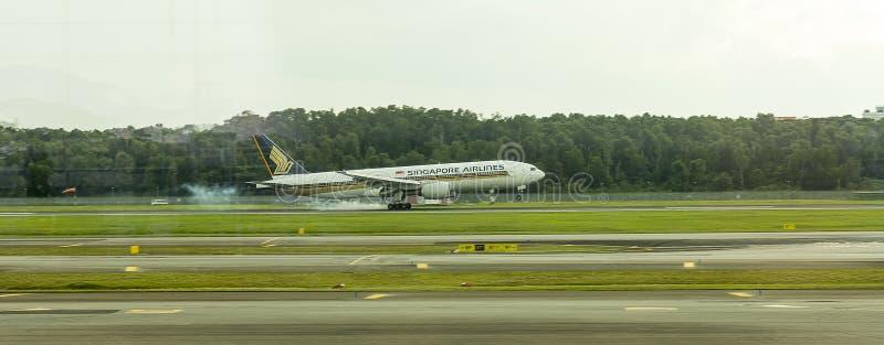 Singapore Airlines lądowanie zdjęcie royalty free