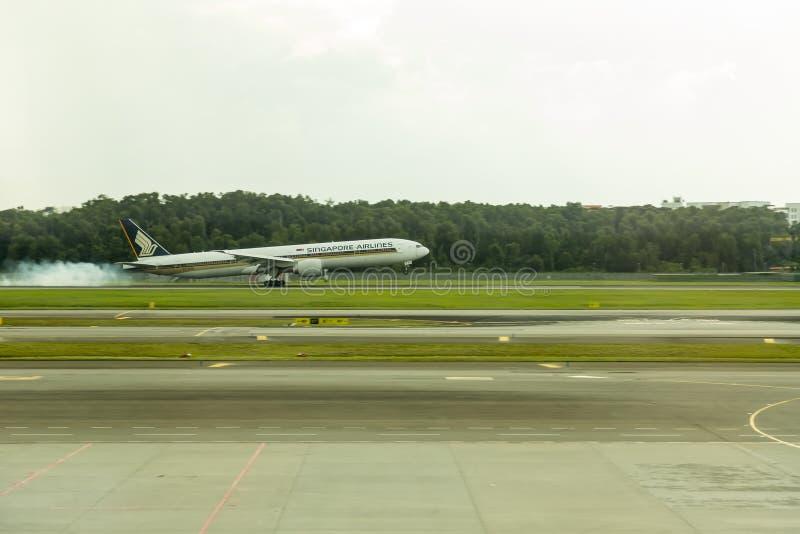 Singapore Airlines samolotowy lądowanie obraz stock