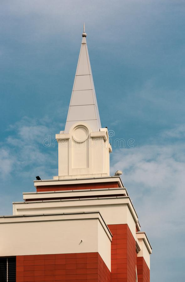 Singapore 2 APRILE 2019: Chiesa di Jesus Christ della torre posteriore a Singapore fotografie stock