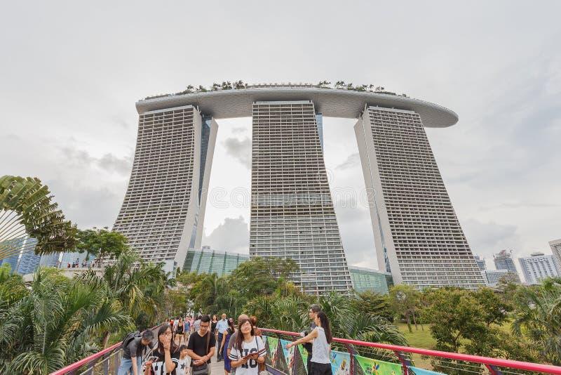 SINGAPORE - 8 AUGUSTUS, 2014 Marina Bay Sands is bedrijfsdistrict, een belangrijke toeristische attractie in Singapore stock afbeelding