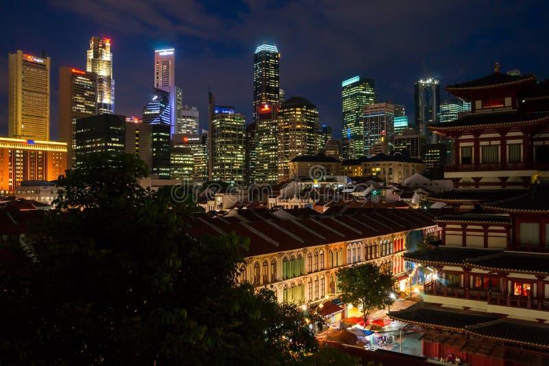 Singapore em Noite imagens de stock royalty free