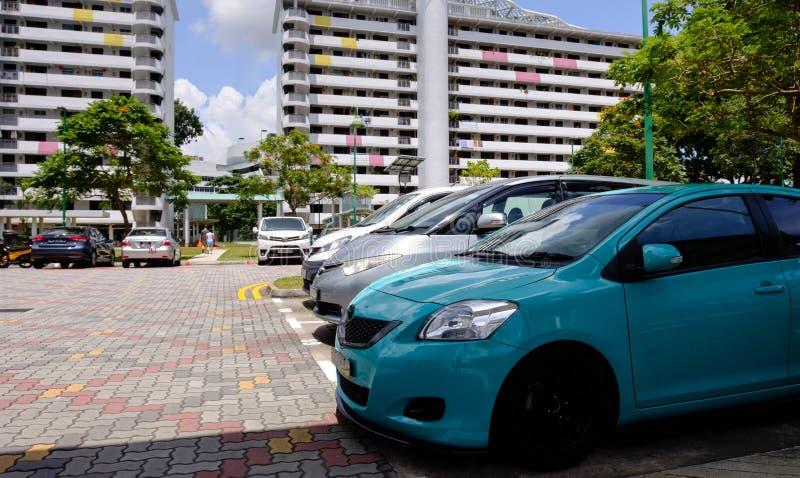 Singapore-22 FEBRUARI 2019: Sikt för parkeringshus för Singapore HDB bostadsområdeallmänhet royaltyfri bild
