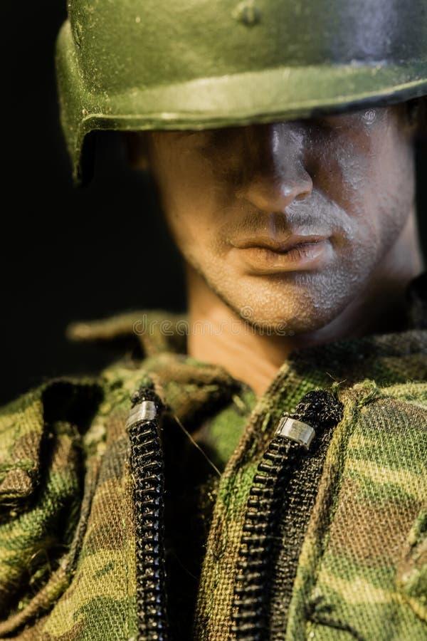 SINGAPORE 8 GIUGNO 2017: vista del primo piano del fronte del giocattolo del soldato fotografia stock