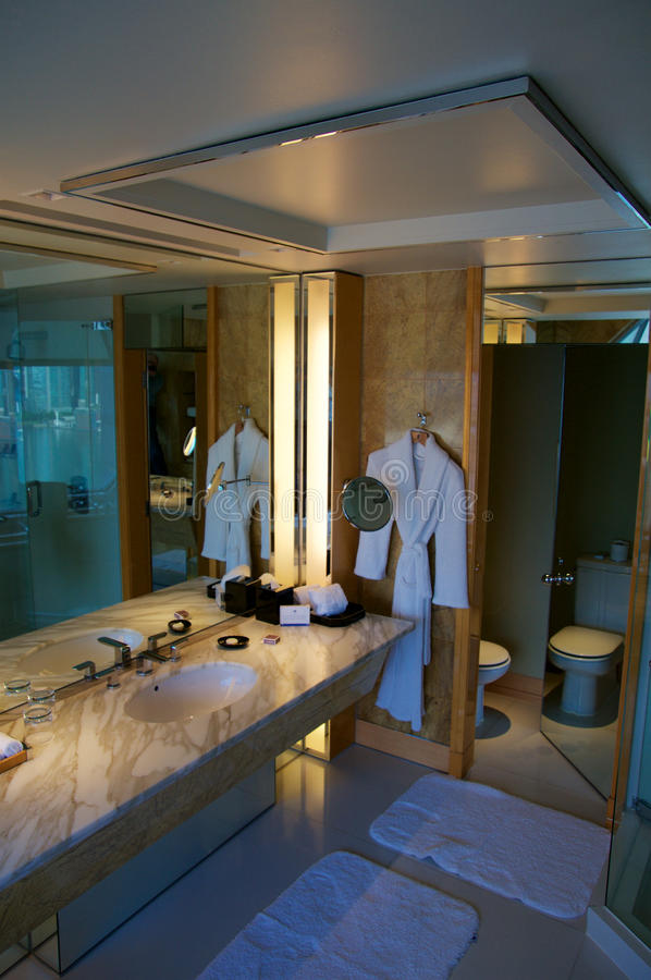 Modern Hotel Room: JULY 23rd, 2016: Luxury Hotel Room With Modern