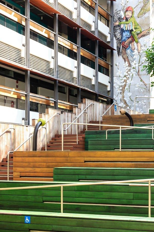 Singapore-27 JUN 2019: Singapore Toelatend het stadiummening van het Dorps openbare openluchtterras royalty-vrije stock afbeelding