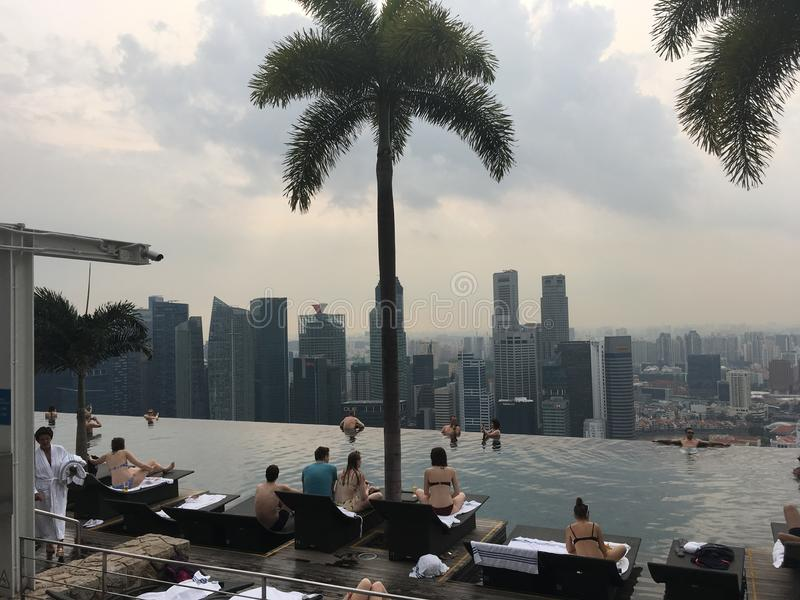 Singapore, mening van de pool in Marina Bay Sands stock fotografie