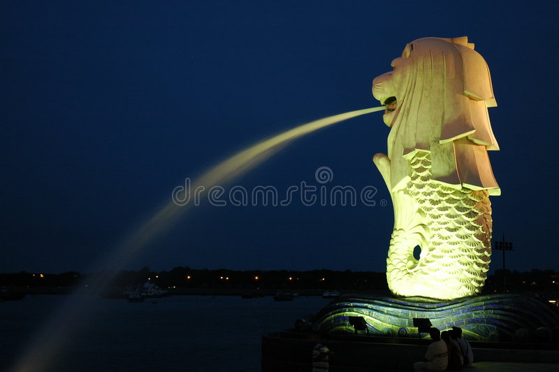 Singapore Merlion. The Singapore Merlion spitting water at night