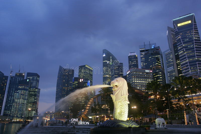 Singapore na noite foto de stock royalty free