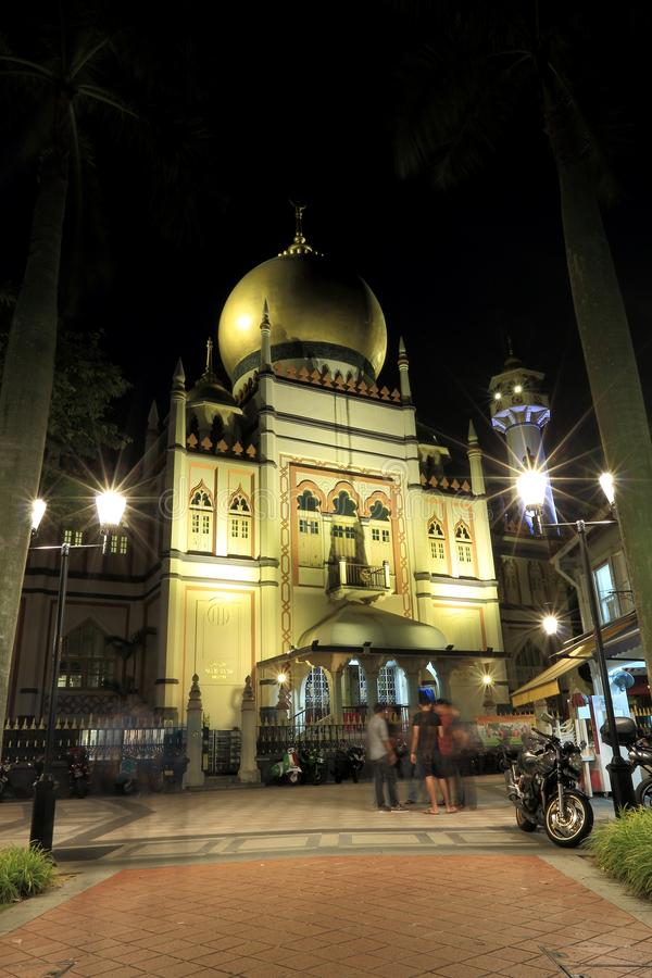 Singapore:Night shot of Masjid Sultan Singapura Mosque stock images