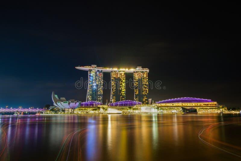 singapore nocy przedstawienie marina zatoka zdjęcia stock