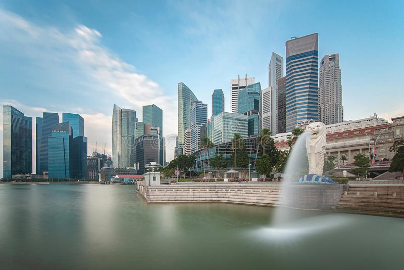 Singapore stad i morgontid royaltyfria bilder