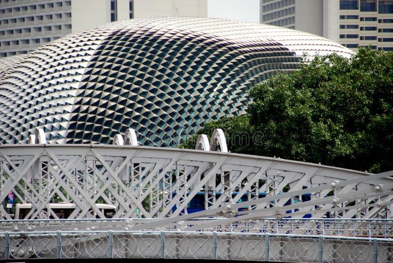 Singapore: Teatros da ponte e do Esplanade de Anderson fotografia de stock royalty free