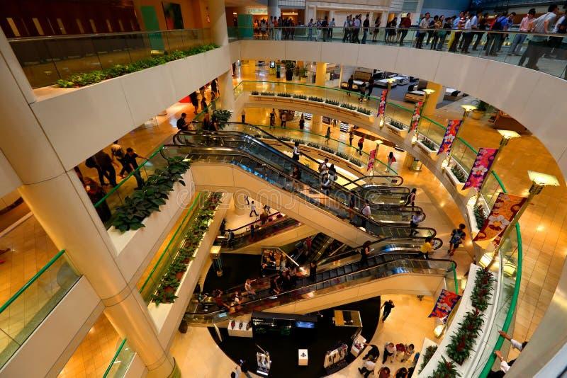 Singapour : Centre commercial de ville de tombolas photographie stock libre de droits