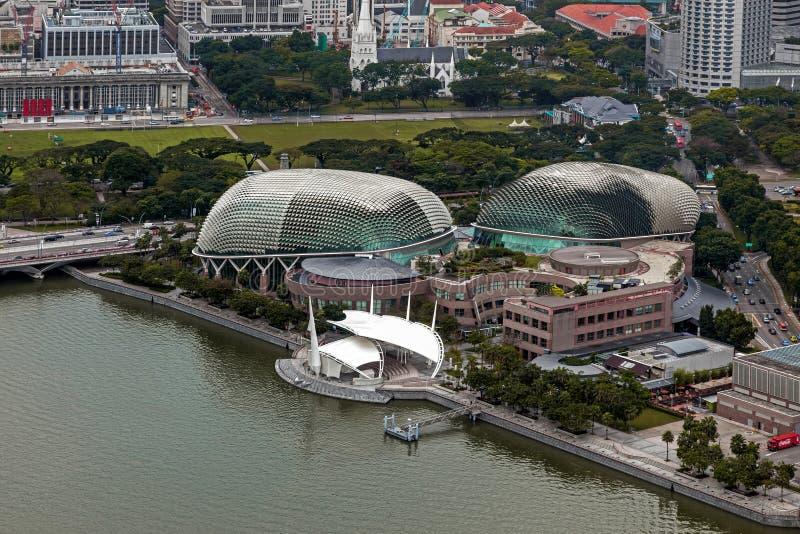 SINGAPOUR - 3 FÉVRIER : La vue des théâtres sur la baie chantent dedans images libres de droits