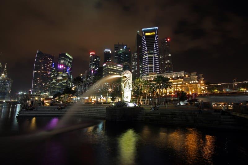 Singapour la nuit photographie stock