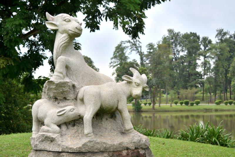 Singapour - 28 octobre 2018 : sculpture représentant le zodiaca image stock