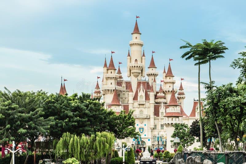 Singapour 26 SEPTEMBRE 2017 : Vue universelle de château de studio de cru de Singapour dans la forêt verte images libres de droits