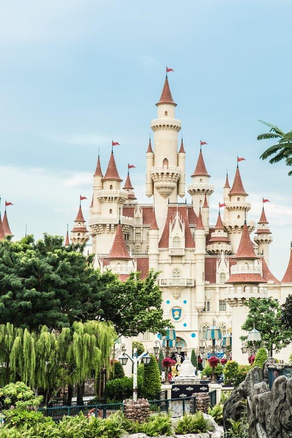 Singapour 26 SEPTEMBRE 2017 : Vue universelle de château de studio de cru de Singapour dans la forêt verte image libre de droits