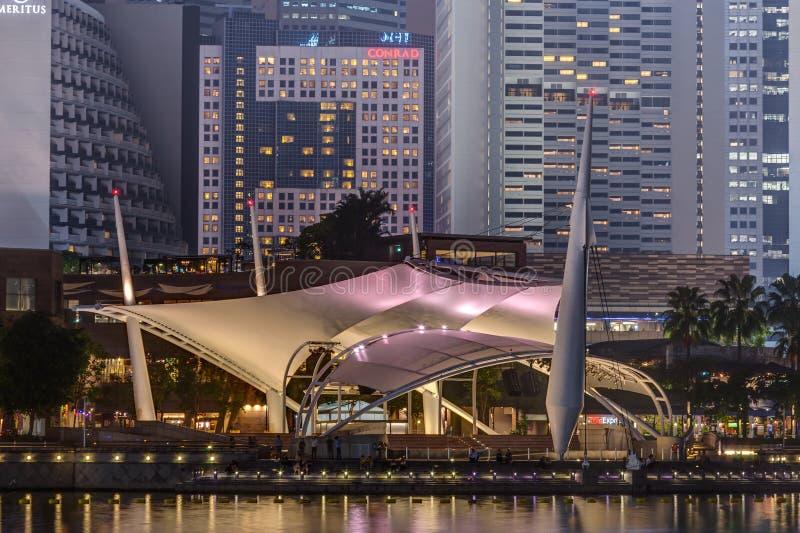 SINGAPOUR, SINGAPOUR - VERS EN SEPTEMBRE 2015 : Théâtres d'†d'esplanade «sur la baie, Singapour image stock