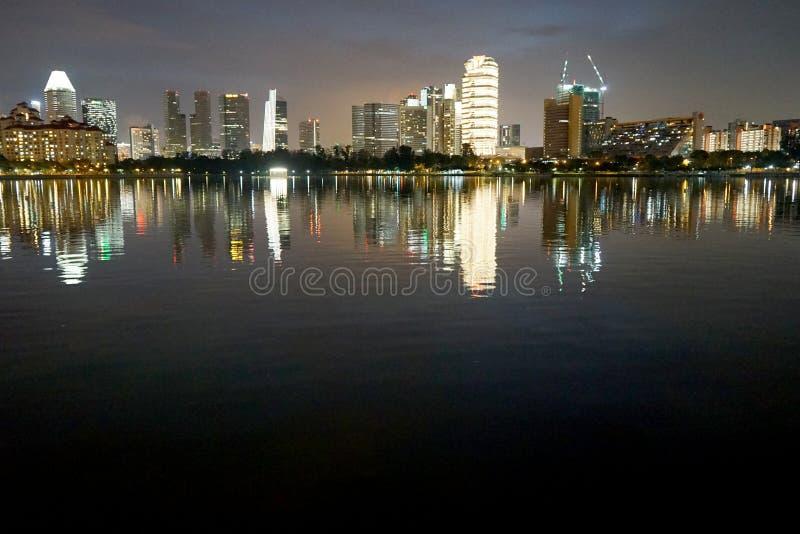 Singapur bis zum Nacht stockfotos