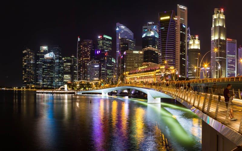 Singapur en la noche fotografía de archivo libre de regalías