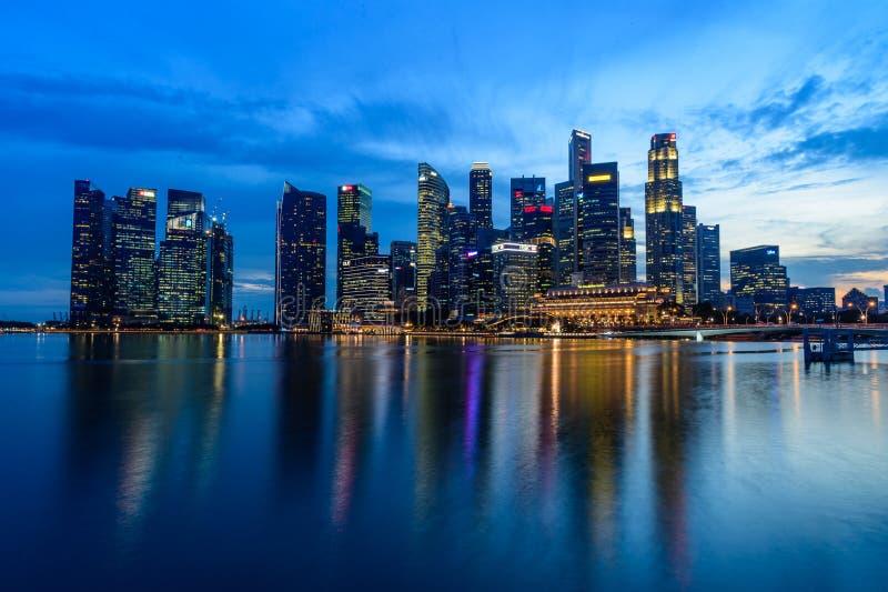 SINGAPUR, LISTOPAD - 24, 2016: W centrum Miastowy krajobraz Singa fotografia stock